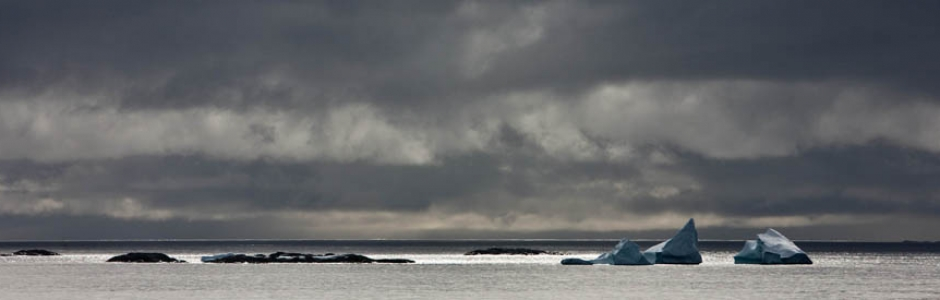 Peaks of Ice / Ruth Renters